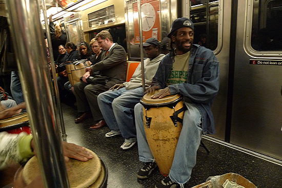 Friendly and talented buskers on the S line.